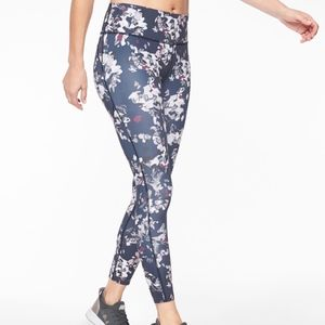 NEW ATHLETA 385448 CHALLENGE BLOOM 7/8 TIGHT PRINT